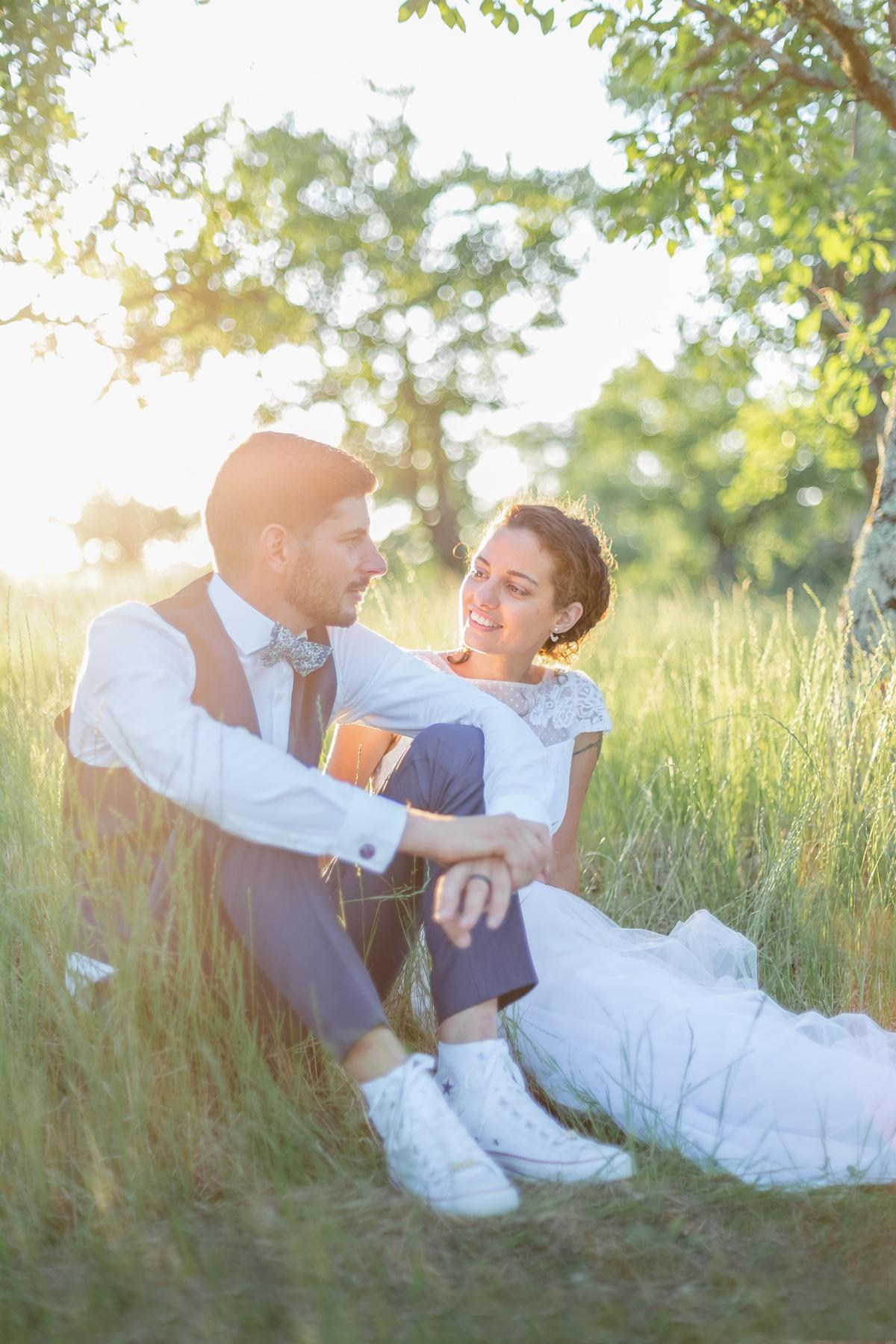 Séance photo de mariage au coucher de soleil