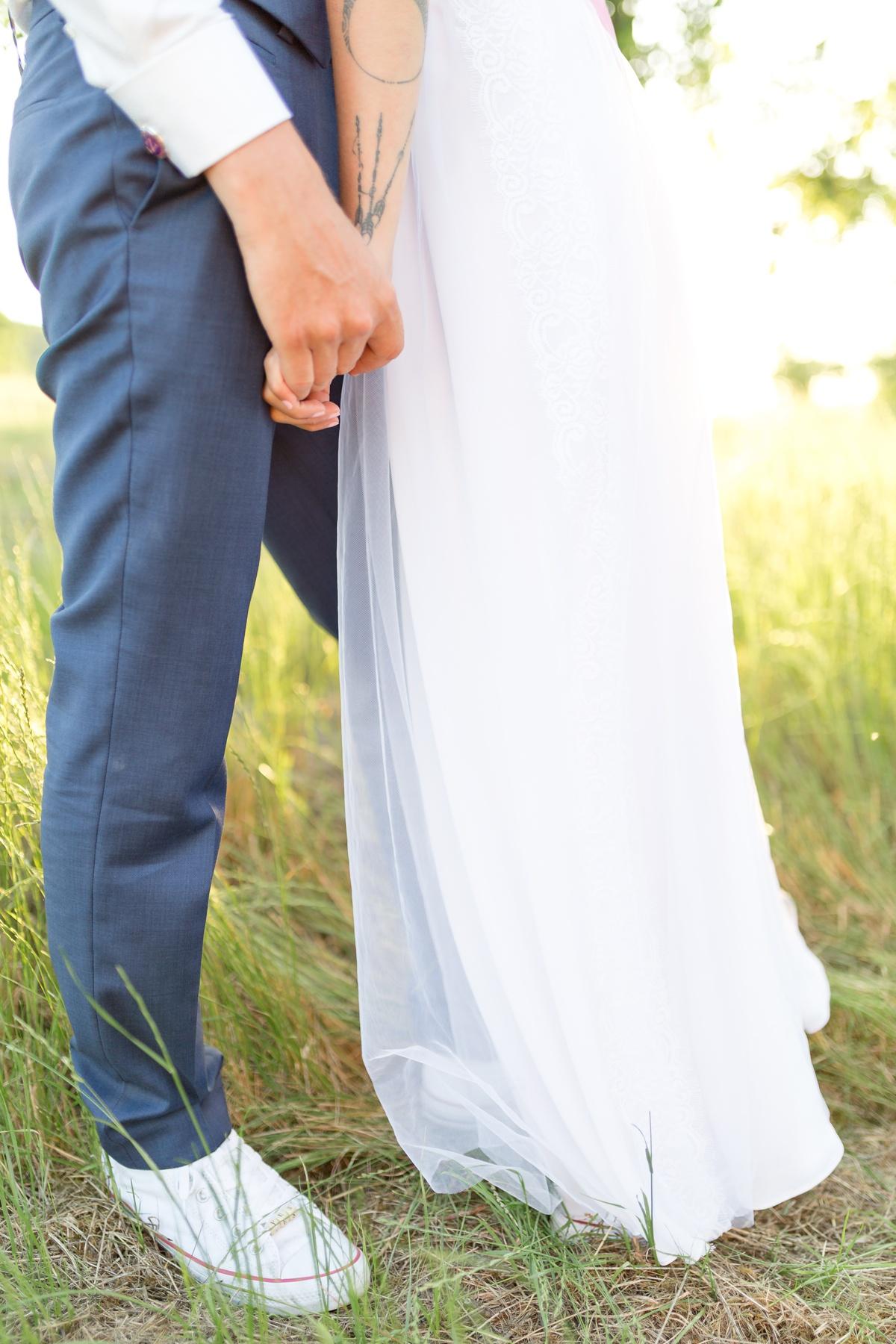 mariage champêtre, photographe Essonne, marié en converses