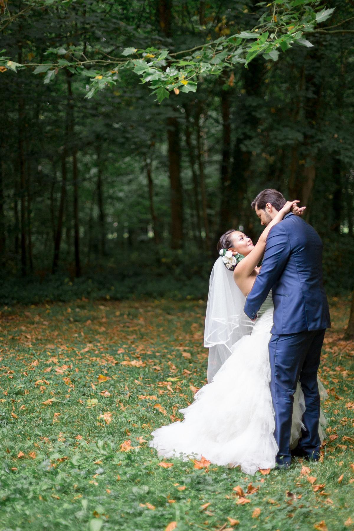 Portrait mariés forêt
