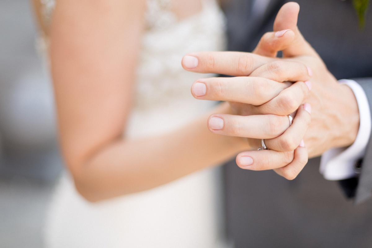 Main dans la main alliances - Donne-moi ta main