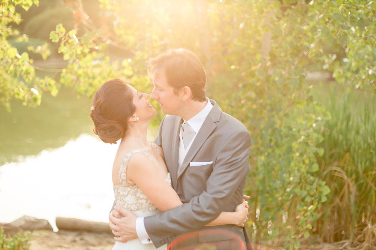 sunset kiss wedding paris